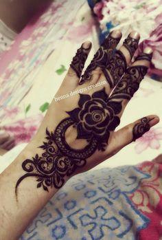 1 Henna Tattoo Designs Simple, Rose Mehndi Designs, Mehndi Design Pictures, Latest Mehndi Designs, Mehndi Images, Mehndi Designs For Hands, Henna Mehndi, Henna Art, Hand Henna