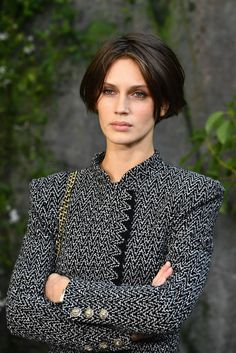 Your source for everything dedicated to the beautiful and talented French model and actress. French Beauty, French Actress, French Girls, Looks Style, Cute Hairstyles, Malta, New Hair, Beauty Women, Short Hair Styles
