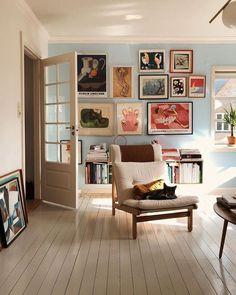 Home Entrance Decor Idea living room inspo.Home Entrance Decor Idea living room inspo Home Design, Design Ideas, Living Room Decor Eclectic, Home And Living, Cozy Living, Small Living, Room Inspiration, Living Spaces, Home Decor