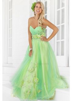 Chic Sweetheart Neckline Applique Beads Tulle Satin Floor Length Prom Dress  $159.11