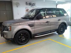 Range rover sports wrapped in 3M 1080 matte gray aluminium wrap.