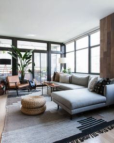 6 Living Room Layout Ideas That Always Work, No Matter Your Square Footage - Louise Keightley - Dekoration Small Living Room Layout, Ikea Living Room, Living Room Furniture Layout, Living Room Seating, Formal Living Rooms, Dining Room Design, Living Room Interior, L Shaped Living Room Layout, Modern Furniture