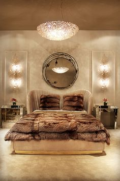 The Stella Mirror highlights a flawless mirrored glass and exotic floral frame that provides an intimate and sensuous setting to your bedroom #koket #interiordesign #luxurydesigns #exclusivedesigns