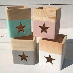 Wooden-box-for-pencils-original-star-minimoi - Cuarto de Keth ! Wood Tray, Wood Boxes, 5th Grade Graduation, Decoupage Wood, Diy Furniture Plans, Pen Holders, Ideas Para, Kids Room, Creations