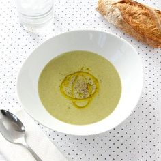 5-Ingredient Roasted Broccoli Soup is creamy, delicious, and deceivingly healthy!