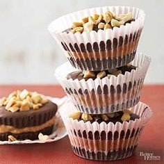 Peanut Butter Cups- These peanut butter treats surrounded by chocolate are slightly larger than the ones you buy. Yummy Treats, Delicious Desserts, Sweet Treats, Dessert Recipes, Dessert Ideas, Cookie Recipes, Chocolate Candy Recipes, Homemade Chocolate, Chocolate Candies