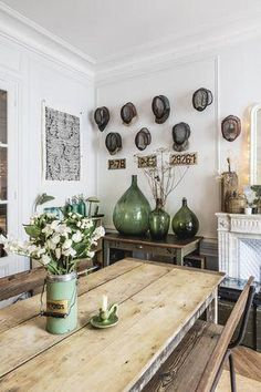 The Mystery Of Scandinavian Kitchen Rustic Swedish Style No One Is Discussing 23 Rustic Kitchen, Kitchen Decor, Kitchen Furniture, Kitchen Tables, Green Kitchen, Design Kitchen, Home Decor Styles, Diy Home Decor, Room Decor