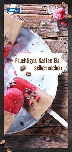 Yes, refreshment and a stimulant all in one! You can easily copy this recipe idea: fruity raspberries, our KALDER COFFEE and cocoa nibs become a fancy ice cream! Coffee Break, Coffee Time, Cocoa Nibs, Coffee Ice Cream, Coffee Dessert, Coffee Art, Cold Brew, Mini Cupcakes, Parfait
