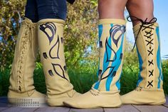 It's Native, to Boot! Cree Nisga'a Clothing at NYC's Couture Fashion Week Native American Dress, Native American Fashion, Native Fashion, Indian Boots, Native Boots, Moccasin Boots, Shoe Boots, Shoes, Native Wears