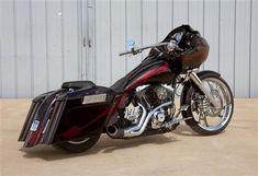 """A BLACK HILLS CUSTOM BAGGER """"EYE CANDY"""" - BIKERS, CHOPPERS, MOTORCYCLE MAGAZINE, MOTORCYCLE PERFORMANCE, MOTORCYCLES, BAGGERS"""