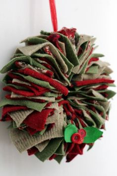 How to make a recycled wool felted sweater wreath · Recycled Crafts | CraftGossip.com #wreath #Christmas # DIY
