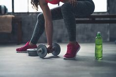 Protein bars have become a major fitness craze, but here's why you probably shouldn't be eating them, and how to choose the healthiest choice if you do. Up until now many people have reached for protein bars are a source of protein for their workouts, however, they may actually be causing you harm. While of course …