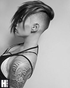 Women's haircut. Free&pick.inst: #hairstylePub #trend Undercut Hairstyles, Pixie Hairstyles, Cool Hairstyles, Shaved Hairstyles, Undercut Mohawk, Layered Hairstyles, Short Hair With Layers, Short Hair Cuts, Short Hair Styles