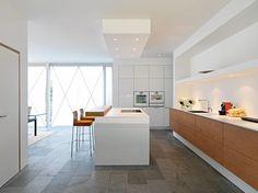 Ideal Residential building baurmann d rr architekten Germany modern kitchen Leicht K chen