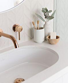 Home Interior Design .Home Interior Design Bad Inspiration, Bathroom Inspiration, Home Decor Inspiration, Decor Ideas, Wall Ideas, Bathroom Styling, Bathroom Interior Design, Modern Bathroom, Small Bathroom