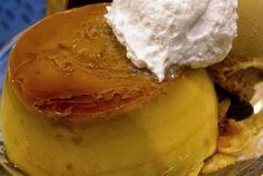 Kabocha no purin - Pudín de calabaza  - Ingredientes: 200g de calabaza o calabaza kabocha sin semillas y pelada 1 taza de leche 1/4 de taza de nata espesa o heavy cream 4 cucharadas de azúcar 2 huevos Para la Salsa: 4 cucharadas de azúcar 1 cucharada de agua nata montada  - Elaboración: 1. Calienta 1 cucharada de agua en una cacerola y 4 cucharadas de azúcar. Cuécelo a fuego lento hasta que la salsa se vuelva marrón. 2. Vierte la salsa en pequeñas tazas resistentes al calor o moldes de…