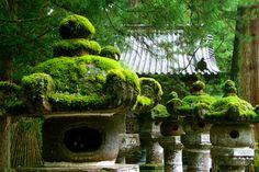 Nikko, Toshogu Shrine by huggy00