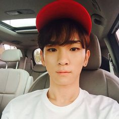 150907 bumkeyk: miss you guys !! #redhat