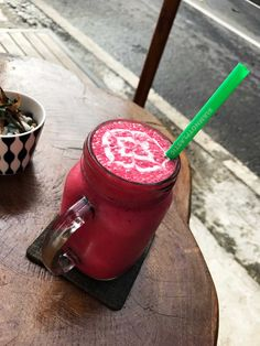 Smoothie at Bali Bowl and Smoothies - Screw Them All Places To Eat, Smoothies, Mason Jars, How To Memorize Things, Mugs, Inspired, Day, Tableware, Smoothie