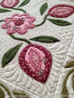 THE QUILTED PINEAPPLE: Heartland Quilt