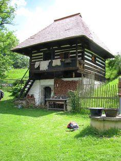 Česko, Bláhova Lhota - Gotický vodní mlýn