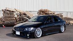 Lexus IS 300, IS 200, Toyota Aristo (1998-2005) Air Suspension | Air Lift Performance
