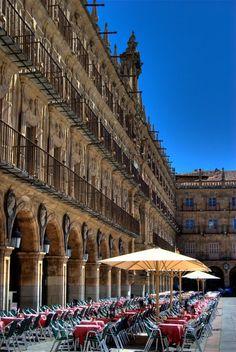 Crisis al Sol.  Plaza Mayor. Salamanca. Spain. We were just here in December 2013.