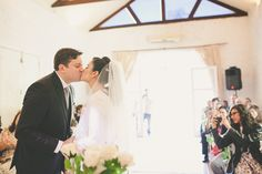 Confira mais detalhes do casamento de   Caroline e Leonardo no Euamocasamento.com   #euamocasamento #NoivasRio   #Casabemcomvocê