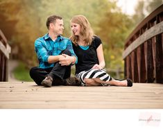 Discover recipes, home ideas, style inspiration and other ideas to try. Christian Engagement Photos, Country Engagement Pictures, Winter Engagement Photos, Fall Engagement, Indian Engagement, Cute Couple Poses, Couple Picture Poses, Couple Posing, Picture Ideas