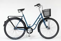 Pilen Arrow Luxury Swedish Bicycle in Blue with Brooks leather saddle