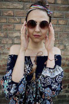 Cat Eye Sunglasses, Round Sunglasses, Nh Hotel, How To Wear, Shopping, Fashion, Moda, Round Frame Sunglasses, La Mode