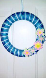 Spring Yarn Wreath with Felt Flowers.