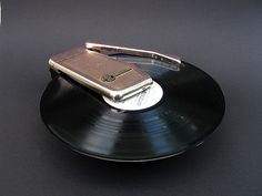 1060's Emerson Wondergram potable record player   Photographer: NYLVI - http://www.flickr.com/photos/26556203@N06