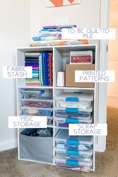 How I Store and Manage My Fabric Scraps – Running Stitch Quilts Organizing Fabric Scraps, Organize Fabric, Sewing Hacks, Sewing Tips, Sewing Projects, Postage Stamp Quilt, Quilt Display, Sewing Room Organization