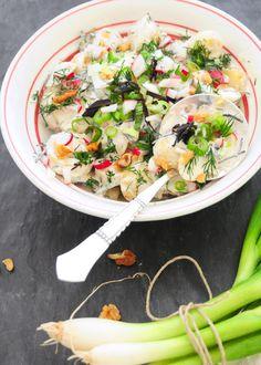 Potato salad with seaweed