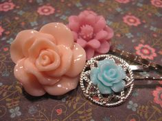 Floral Rose Daisy Cabochon Resin Hair Pin Trio Set Peach Pink Teal by Inoliviascloset 7.00