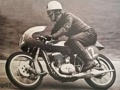 Norton Motorcycle, Enfield Motorcycle, American Motorcycles, Cars And Motorcycles, Classic Bikes, Classic Motorcycle, Bsa Bantam, Hell On Wheels, 8th Of March