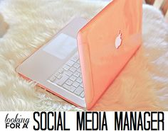We're Looking for a Social Media Manager! | College Gloss