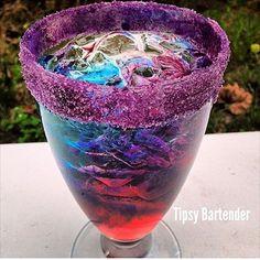 GRATEFUL DEAD 1 oz. (30 ml) Vodka 1 oz. (30 ml) Gin 1 oz. (30 ml)Tequila Silver 1 oz. (30 ml)White Rum 1 oz. (30 ml)Triple Sec 3 oz. (90 ml)Lemon lime soda Add last: 1 oz. (30 ml) Blue Curaçao on one side of glass 1 oz. (30 ml) Raspberry liquor to opposite side of glass