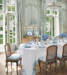 Marie Antoinette Bedroom Decor | Luxury bedroom designs - Marie Antoinette Style theme decorating ideas ...