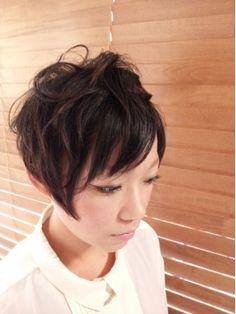 黒髪のショートヘア特集♡パーマver.|MERY [メリー]