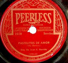 Peerless vintage record label by SCVHA, via Flickr