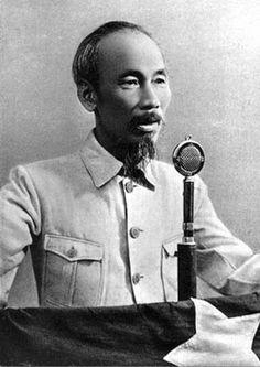 Lenin Reloaded: Ho Chi Minh-Ο δρόμος που με οδήγησε στο Λενινισμό