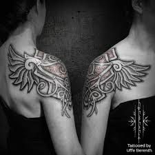 What does valkyrie tattoo mean? We have valkyrie tattoo ideas, designs, symbolism and we explain the meaning behind the tattoo. Valkerie Tattoo, Norse Tattoo, Celtic Tattoos, Viking Tattoos, Arm Band Tattoo, Body Art Tattoos, Tatoos, Celtic Tattoo For Women, Samoan Tattoo