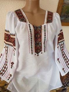 Ukraine, vyshyvanka for women's Вишиванка Жіноча Polish Embroidery, Embroidery Fashion, Diy Wedding Dress, Diy Dress, Folk Fashion, Womens Fashion, Ukrainian Dress, Moda Paris, Make Your Own Dress