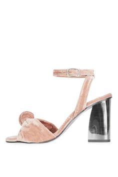 ROCKSY Spot Velvet Sandals