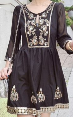Black Three Quarter Length Sleeve Sequined Embroidery Tunic Dress pictures