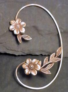 Flor y hoja oreja envoltura GOLDEN GARDEN latón oído