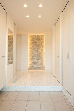 House Entrance, Entrance Doors, Best Modern House Design, Home Altar, Hallway Designs, Entry Way Design, Cool Rooms, Ceiling Design, House Rooms