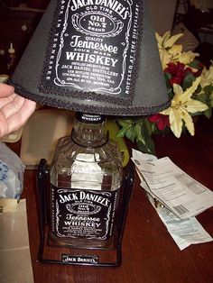 "Lift your ""spirits"" with this Jack Daniels bar lamp!"